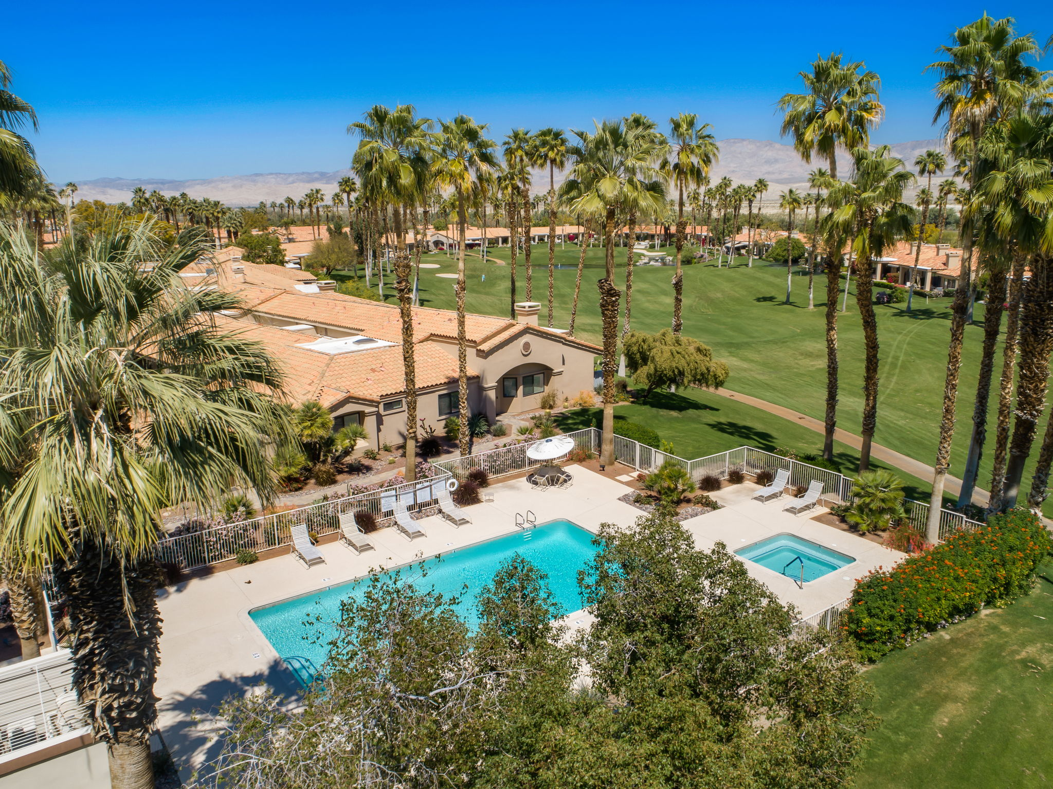 10_Drone-Pool+Course_38975+Wisteria+Dr+Palm+Desert-9-web